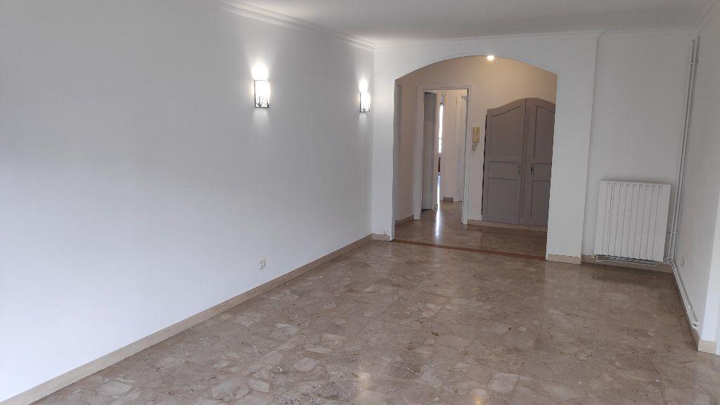 Appartement à louer 4 92m2 à Cagnes-sur-Mer vignette-4