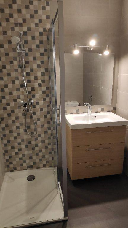 Appartement à louer 4 92m2 à Cagnes-sur-Mer vignette-6
