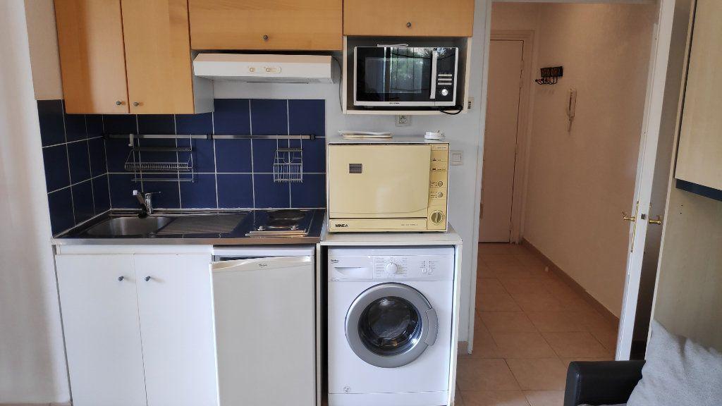 Appartement à louer 1 20m2 à Cagnes-sur-Mer vignette-7