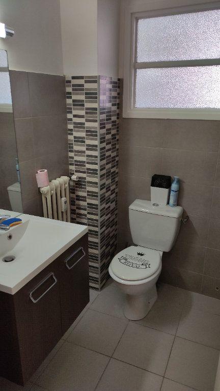 Appartement à louer 1 35m2 à Cagnes-sur-Mer vignette-5