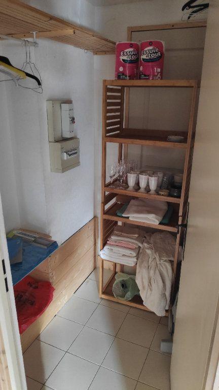 Appartement à louer 1 27m2 à Vallauris vignette-5