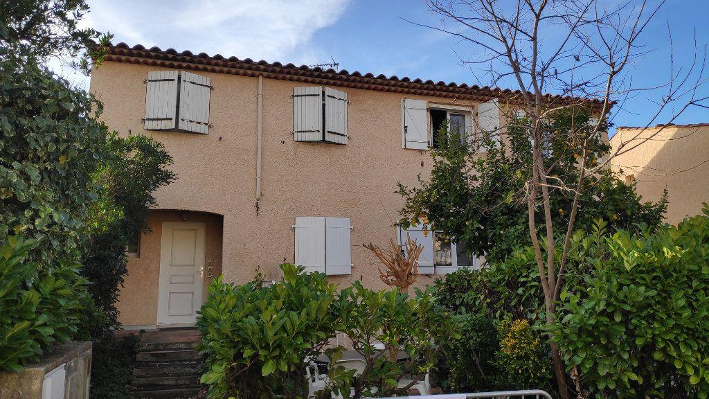 Appartement à louer 1 27m2 à Vallauris vignette-6