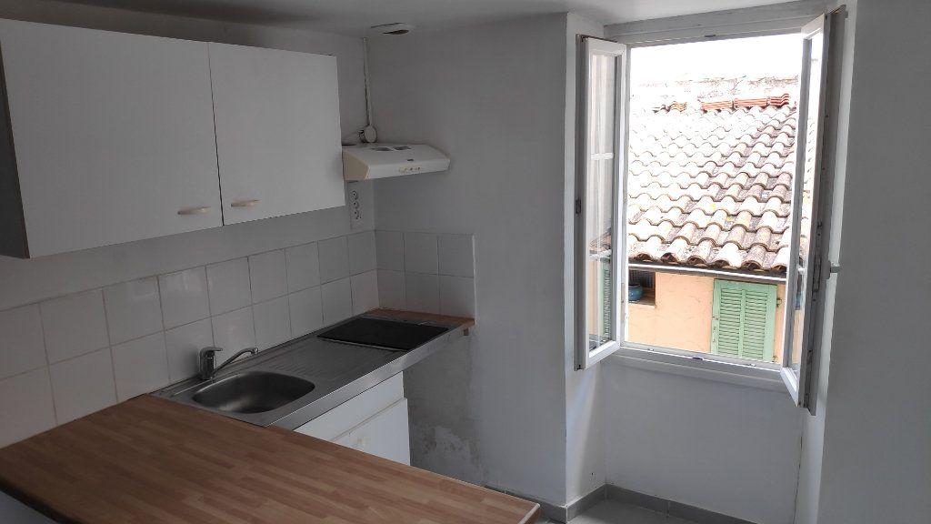 Appartement à louer 1 25m2 à Gattières vignette-4