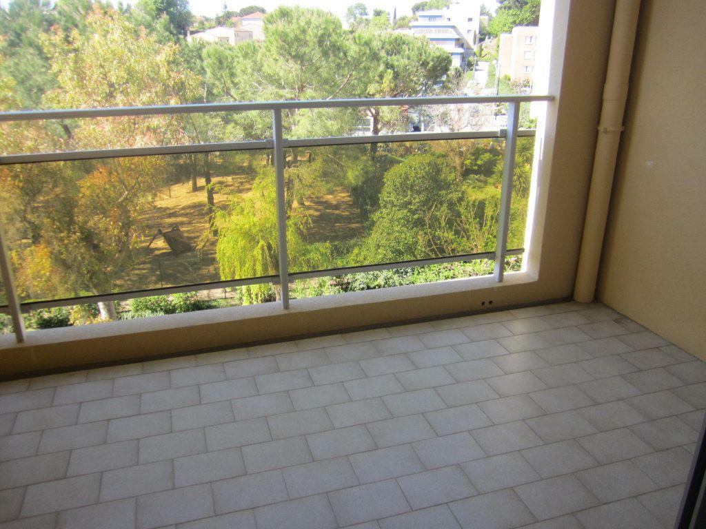 Appartement à louer 2 45m2 à Cagnes-sur-Mer vignette-8