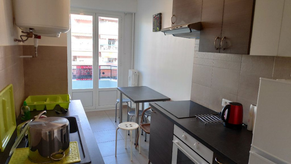 Appartement à louer 2 60m2 à Cagnes-sur-Mer vignette-5