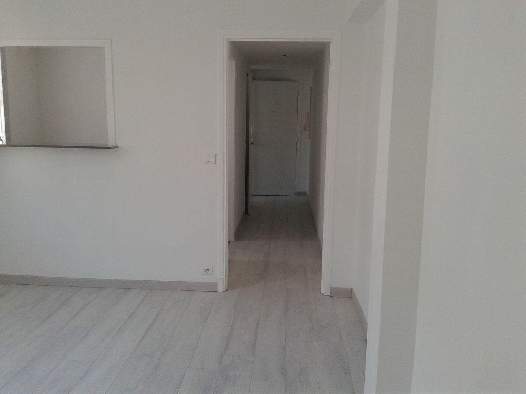 Appartement à vendre 3 54m2 à Nice vignette-2