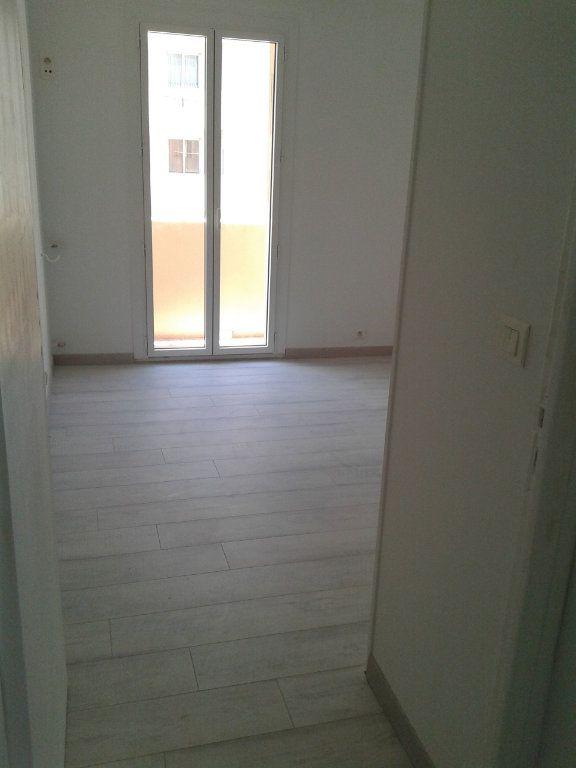 Appartement à vendre 3 54m2 à Nice vignette-8