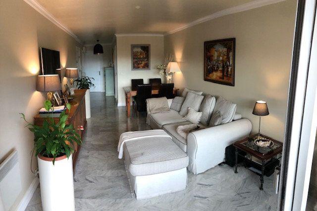 Appartement à vendre 2 53m2 à Cagnes-sur-Mer vignette-2