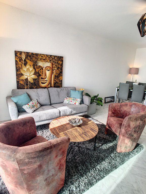 Appartement à vendre 4 87m2 à Cagnes-sur-Mer vignette-2