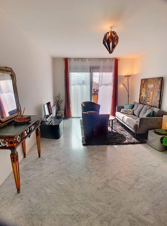 Appartement à vendre 4 87m2 à Cagnes-sur-Mer vignette-6