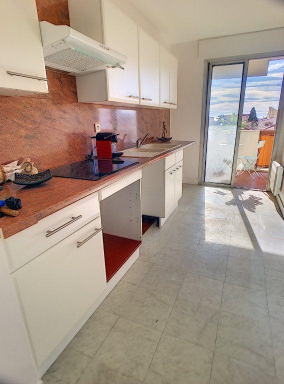 Appartement à vendre 4 87m2 à Cagnes-sur-Mer vignette-7