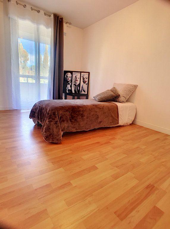 Appartement à vendre 4 87m2 à Cagnes-sur-Mer vignette-11