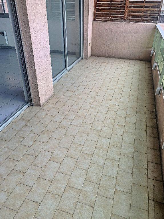 Appartement à vendre 2 47m2 à Cagnes-sur-Mer vignette-3