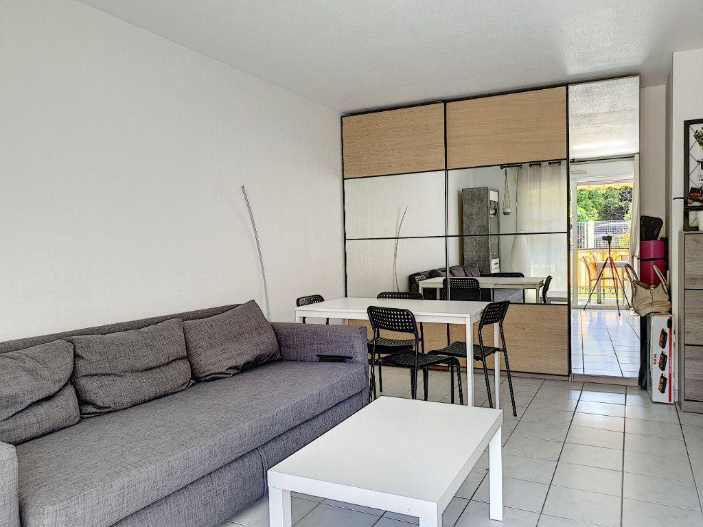 Appartement à vendre 2 42.11m2 à Saint-Laurent-du-Var vignette-2