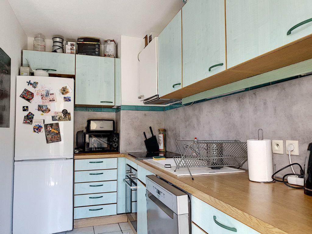 Appartement à vendre 2 42.11m2 à Saint-Laurent-du-Var vignette-3