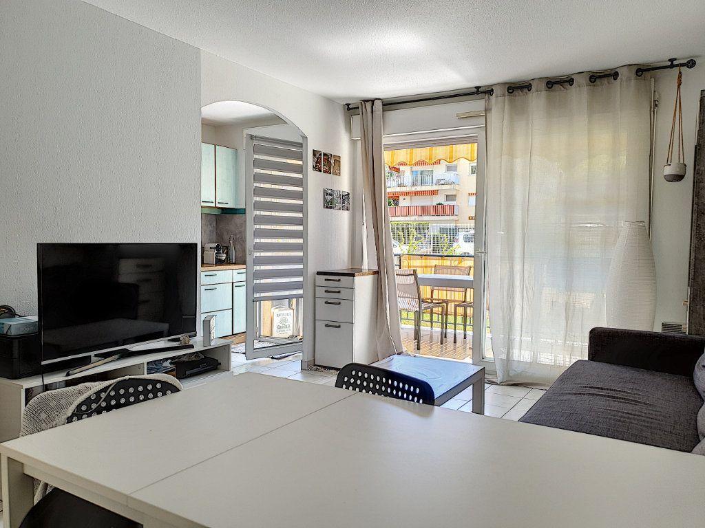 Appartement à vendre 2 42.11m2 à Saint-Laurent-du-Var vignette-4
