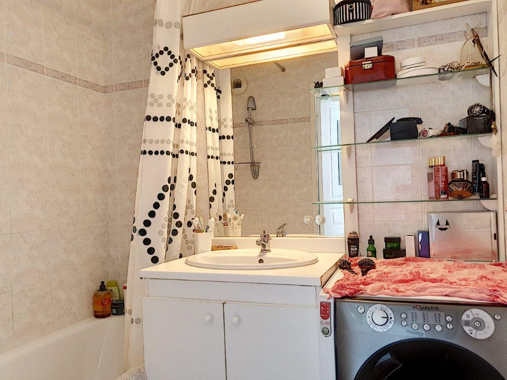 Appartement à vendre 2 42.11m2 à Saint-Laurent-du-Var vignette-6