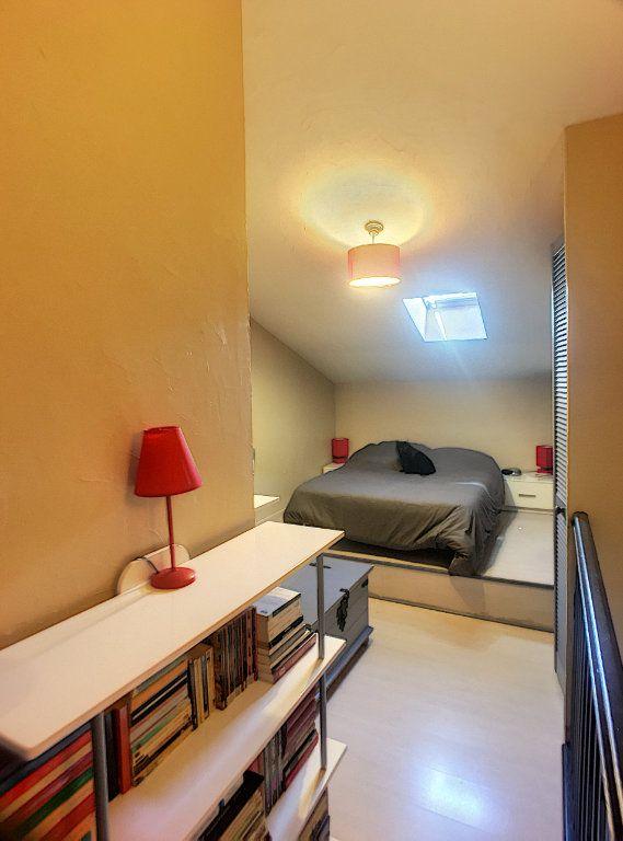 Appartement à vendre 2 30m2 à Villeneuve-Loubet vignette-4