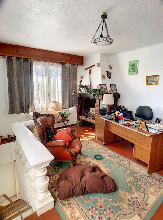 Maison à vendre 6 164m2 à La Gaude vignette-7