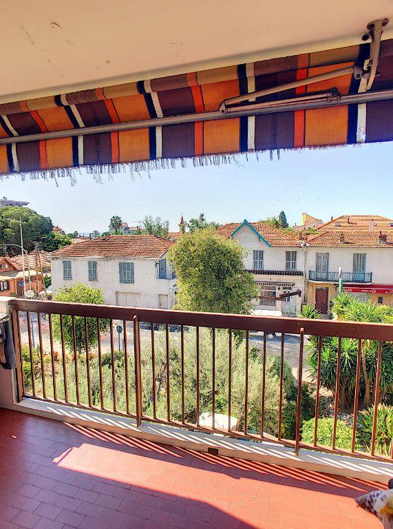 Appartement à vendre 4 86m2 à Cagnes-sur-Mer vignette-1