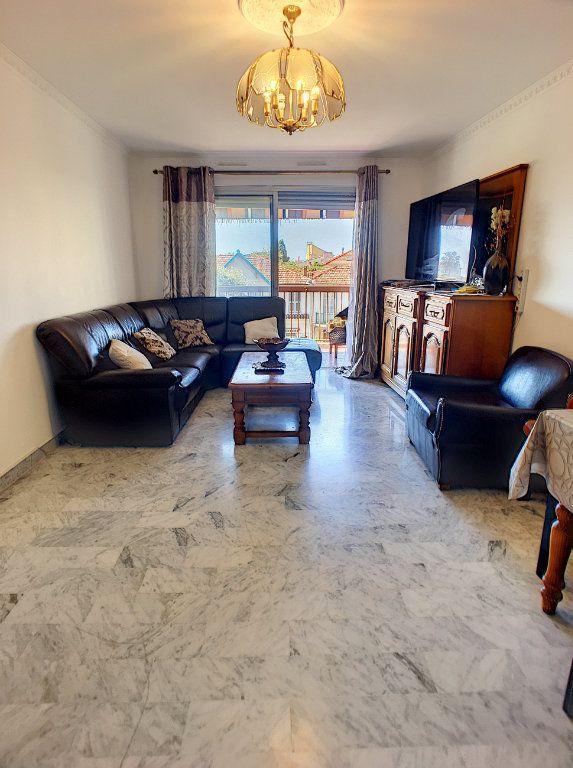 Appartement à vendre 4 86m2 à Cagnes-sur-Mer vignette-4