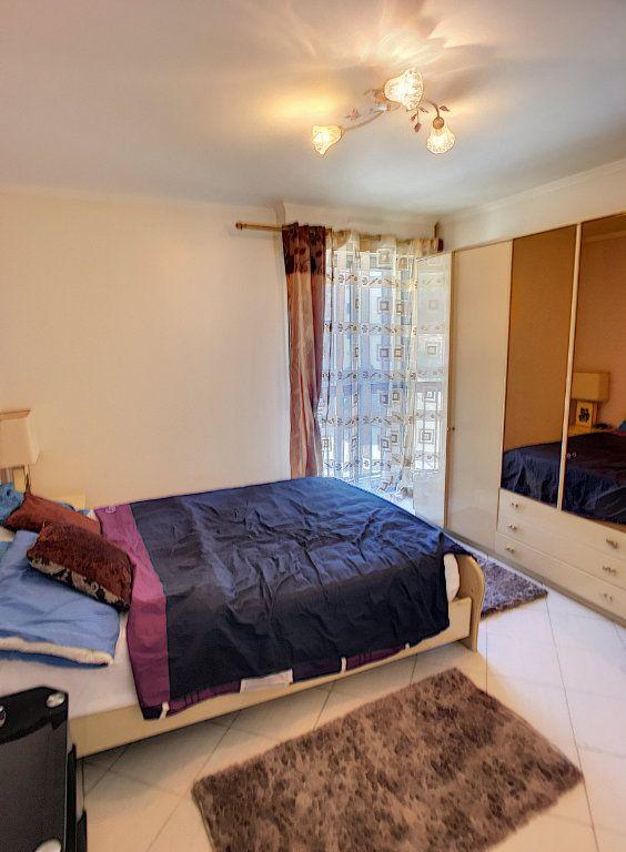 Appartement à vendre 4 86m2 à Cagnes-sur-Mer vignette-5