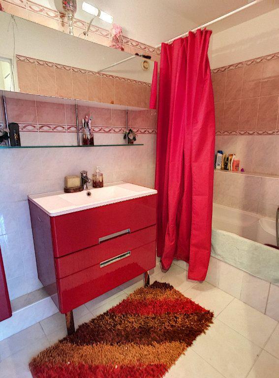 Appartement à vendre 4 86m2 à Cagnes-sur-Mer vignette-7