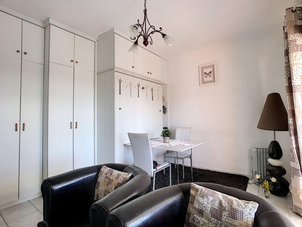 Appartement à vendre 1 29m2 à Vence vignette-3