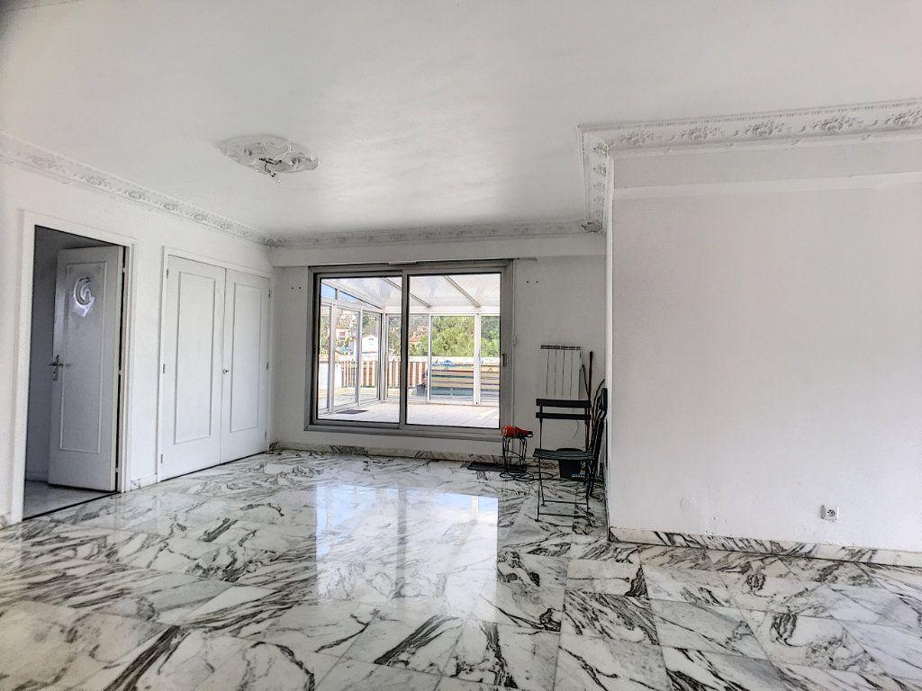 Appartement à vendre 4 110m2 à Cagnes-sur-Mer vignette-3