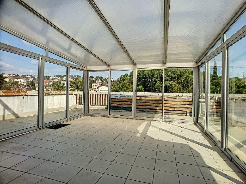 Appartement à vendre 4 110m2 à Cagnes-sur-Mer vignette-4