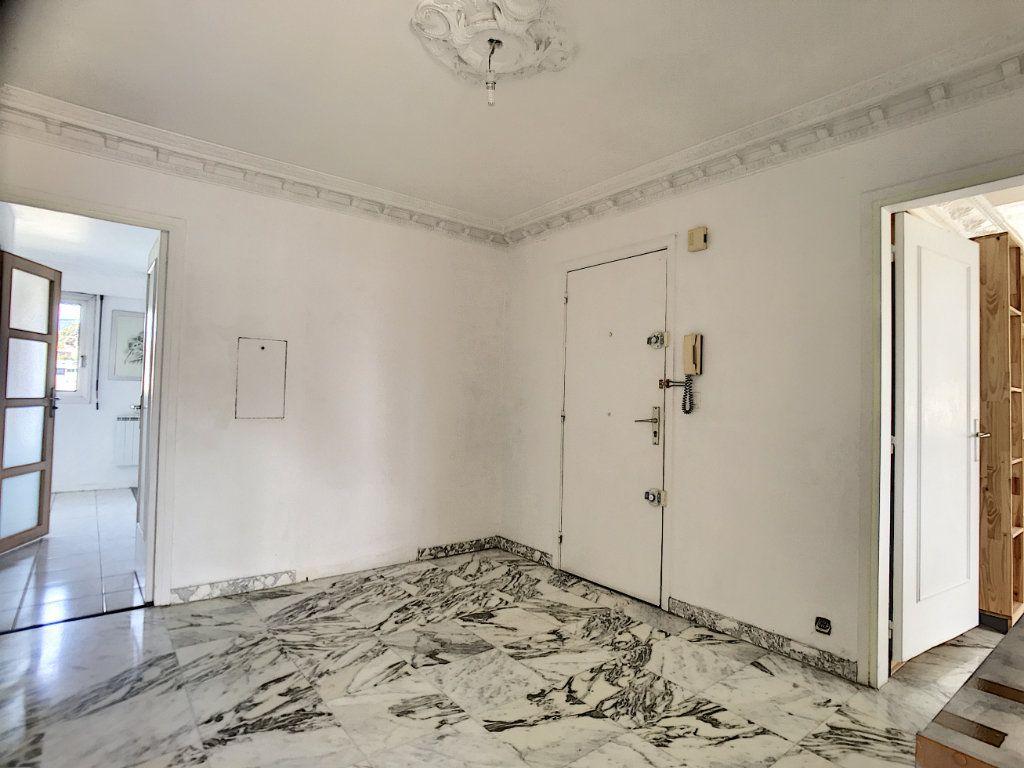 Appartement à vendre 4 110m2 à Cagnes-sur-Mer vignette-12