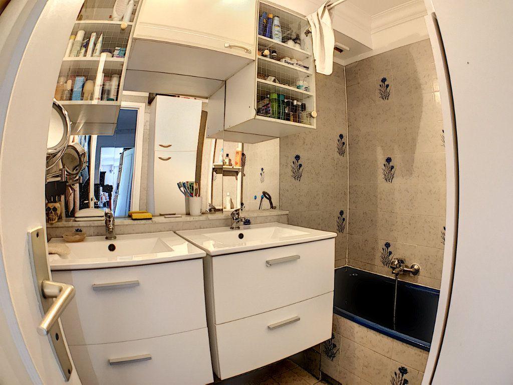 Appartement à vendre 4 110m2 à Cagnes-sur-Mer vignette-13