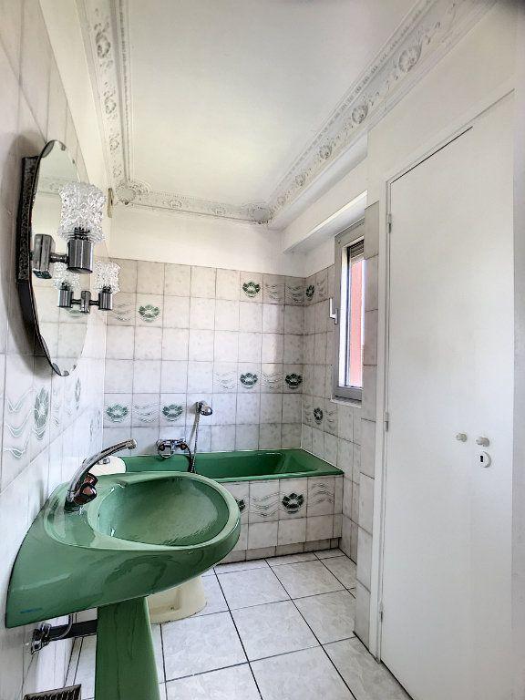 Appartement à vendre 4 110m2 à Cagnes-sur-Mer vignette-15