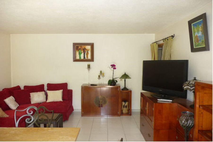 Appartement à vendre 2 47.8m2 à Saint-Laurent-du-Var vignette-2