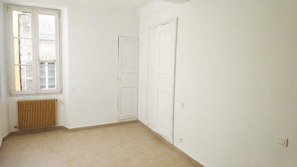 Appartement à louer 3 59m2 à Vence vignette-6