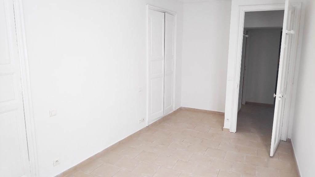 Appartement à louer 3 59m2 à Vence vignette-8