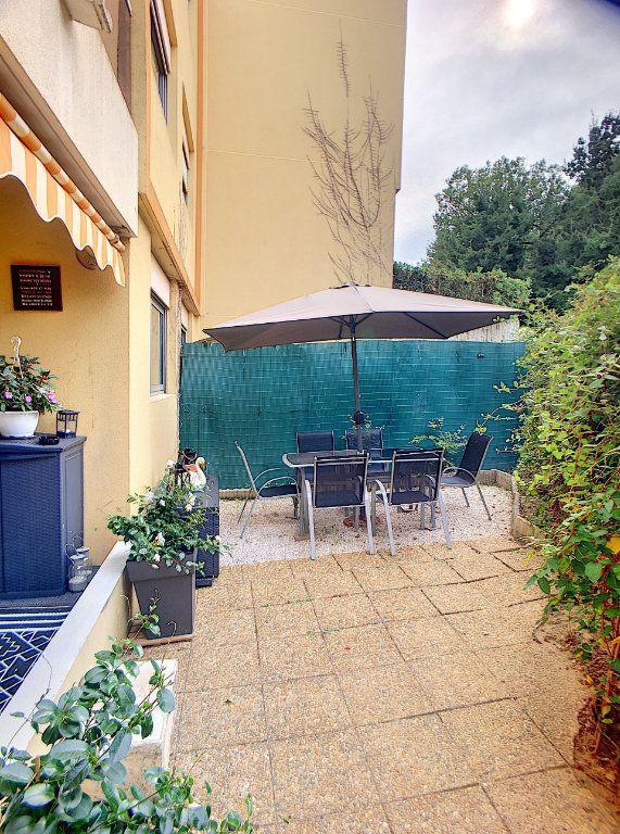 Appartement à vendre 2 27m2 à Villeneuve-Loubet vignette-2