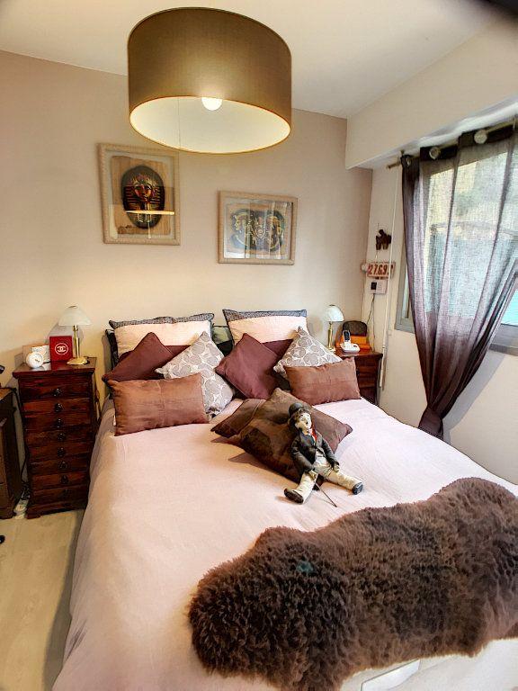 Appartement à vendre 2 27m2 à Villeneuve-Loubet vignette-3
