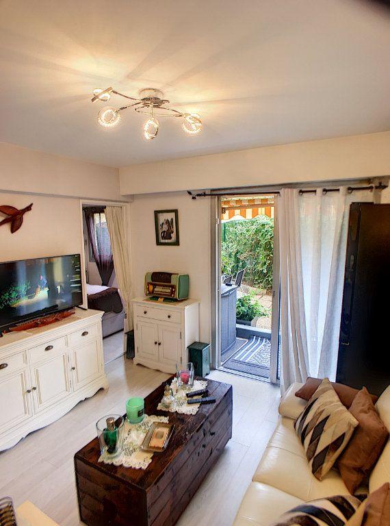 Appartement à vendre 2 27m2 à Villeneuve-Loubet vignette-5