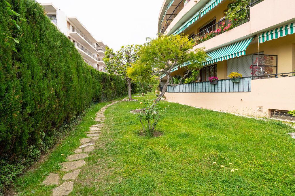 Appartement à vendre 2 50m2 à Antibes vignette-8