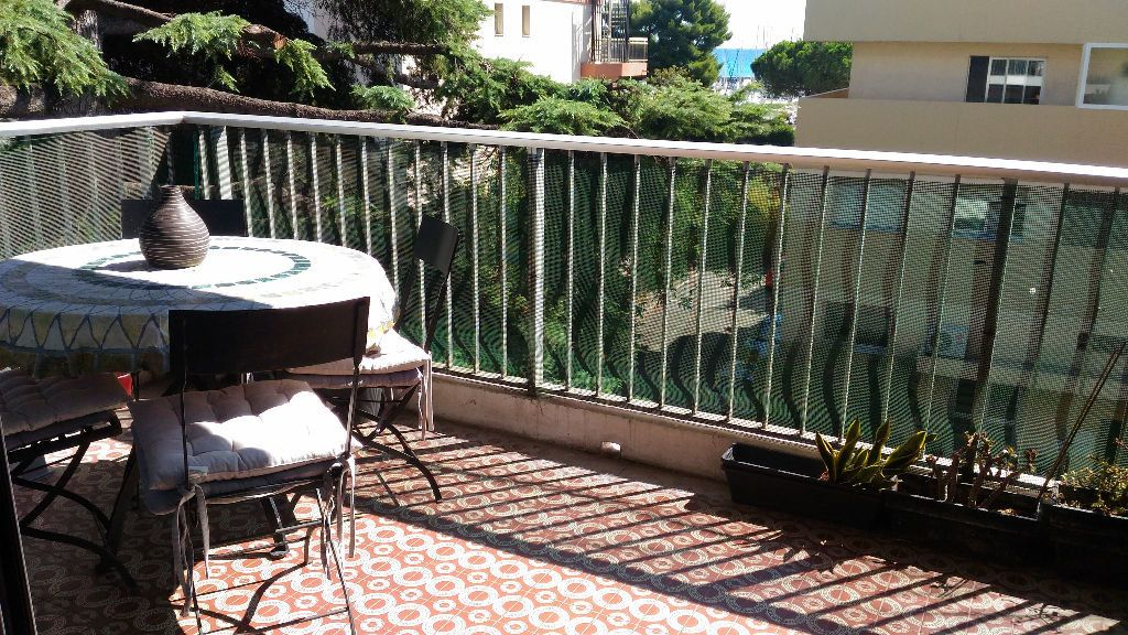 Appartement à louer 2 33m2 à Saint-Laurent-du-Var vignette-5