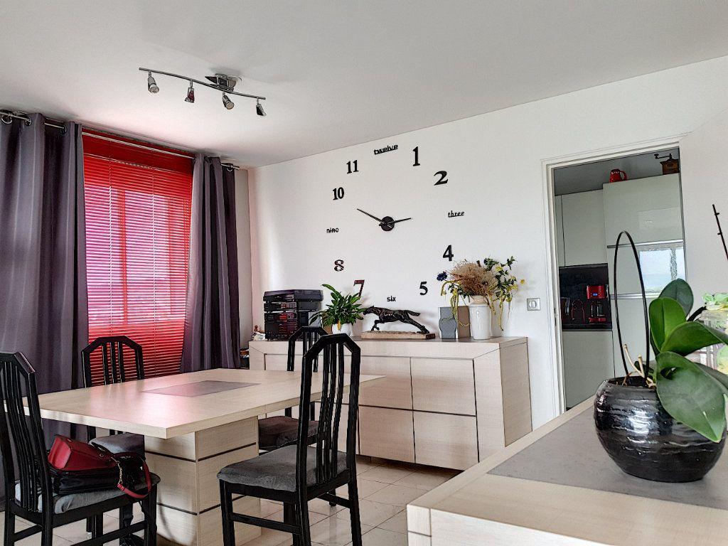 Appartement à vendre 3 76.12m2 à Nice vignette-6