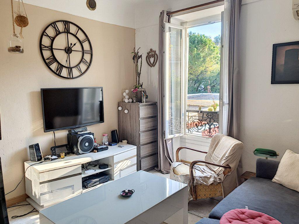 Appartement à vendre 2 37.84m2 à Cagnes-sur-Mer vignette-1