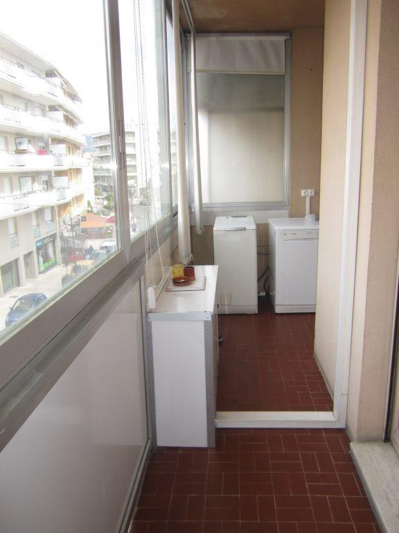 Appartement à louer 3 60m2 à Saint-Laurent-du-Var vignette-7