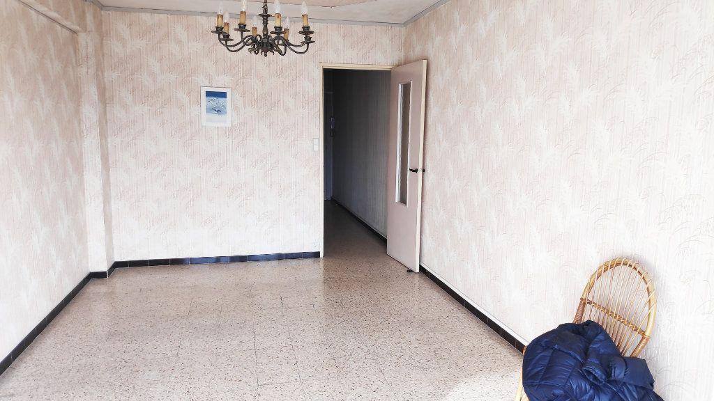 Appartement à louer 1 32m2 à Cagnes-sur-Mer vignette-3