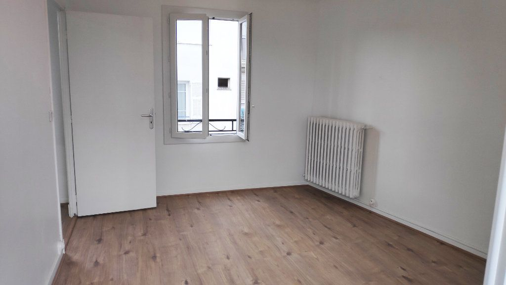 Appartement à louer 2 42m2 à Saint-Laurent-du-Var vignette-6