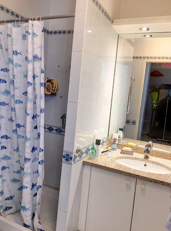 Appartement à vendre 1 32m2 à Cagnes-sur-Mer vignette-4