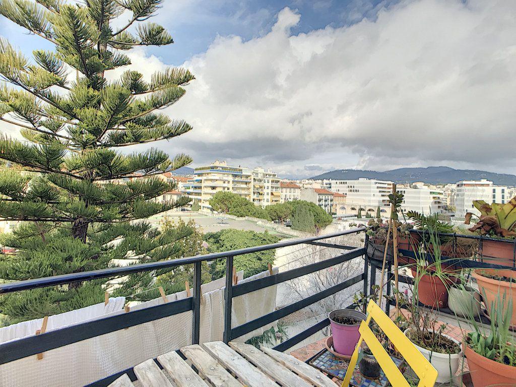 Appartement à vendre 2 58m2 à Nice vignette-10