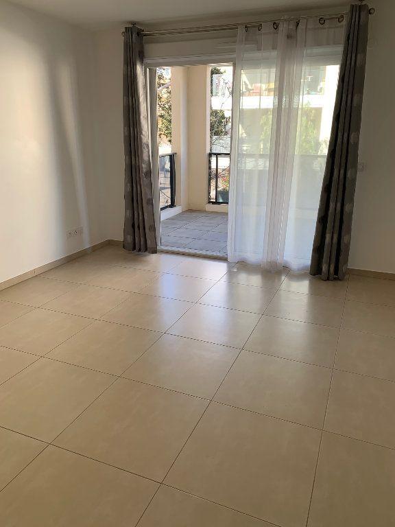Appartement à louer 2 42m2 à Mandelieu-la-Napoule vignette-1
