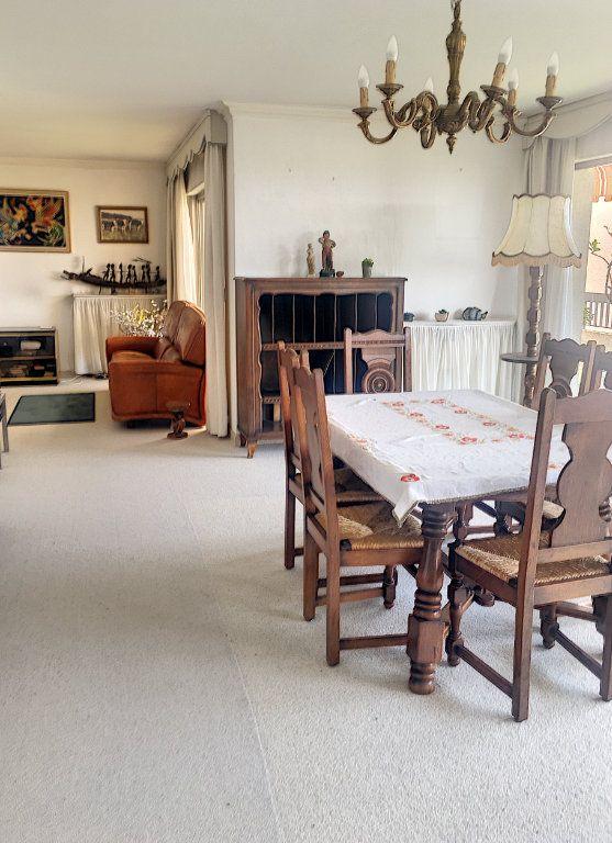 Appartement à vendre 5 125m2 à Villeneuve-Loubet vignette-4